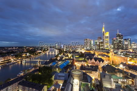 frankfurt main at night