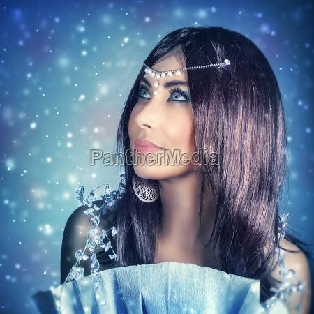 kvinde snefnug tilbehor dronning juletid jul