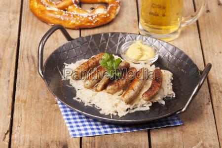 comida salchicha chucrut salchichas nuernberger