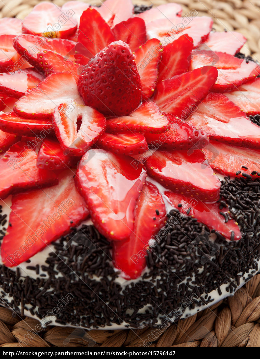 chocolate, cake, with, strawberries, chocolate, cake, with - 15796147