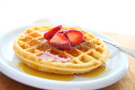 waffle med jordbaer og kopi plads