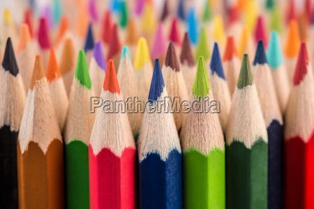 naerbillede af farve blyant bunke blyant
