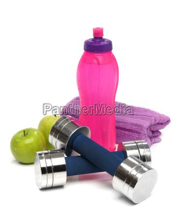fitness koncept med en flaske vand