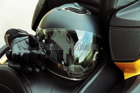 kore forsikring motorsport beskytte hjelm handsker