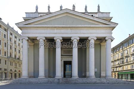 kirke sojler sted for tilbedelse italien