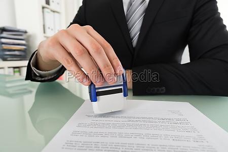 overenskomst forlig saelhund aftale samtykke stampe