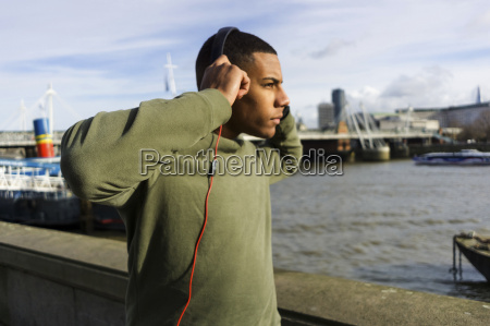 uk london runner lytte musik pa