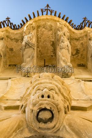 italien sicilien ragusa balkon og ornament