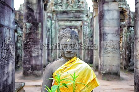 buddha statue in prasat bayon angkor