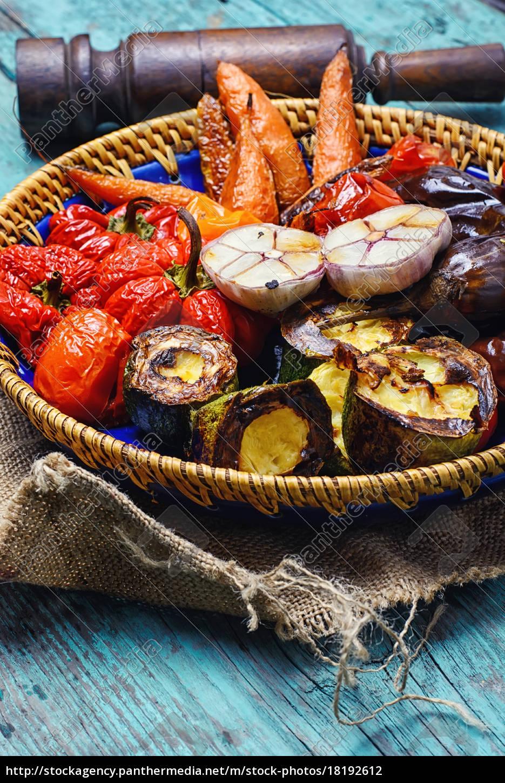 fad, af, bagte, grøntsager - 18192612