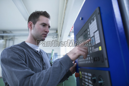finger handvaerker arbejdsplads industri teknik mandlig