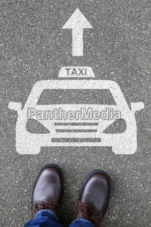 mand menneskelige taxa bil tegn logo