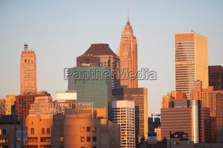 new york city skyline ved solnedgang