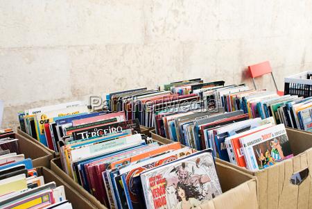 tegneserie boger om markeds bas
