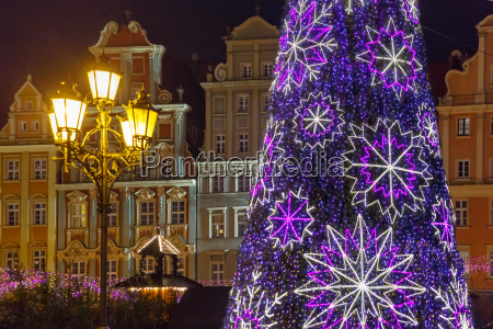 market square at christmas night wroclaw