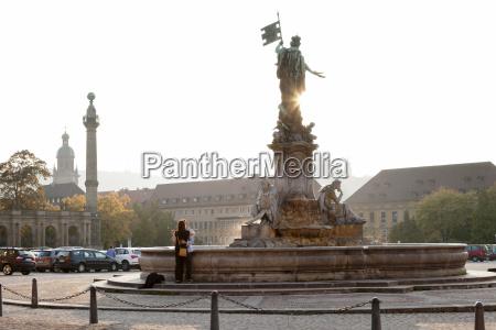 torre viaggio viaggiare colore statua europa