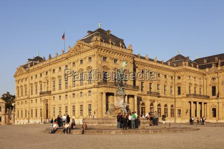 viaggio viaggiare storico colore statua europa