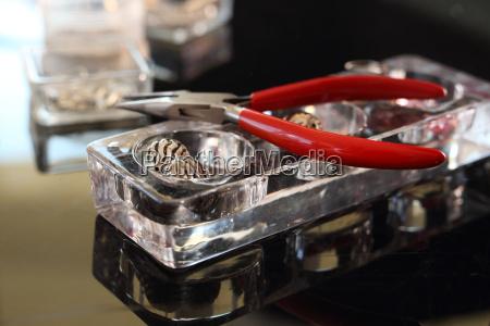 vaerktoj vaerktojer smykker juveler kostbare smykker
