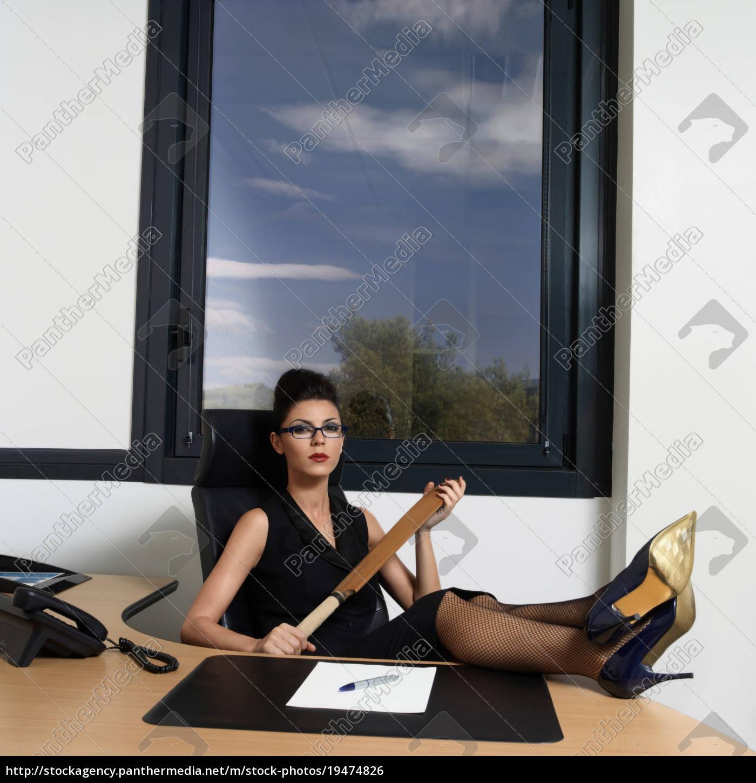 businesswoman, holder, en, cricket, bat - 19474826