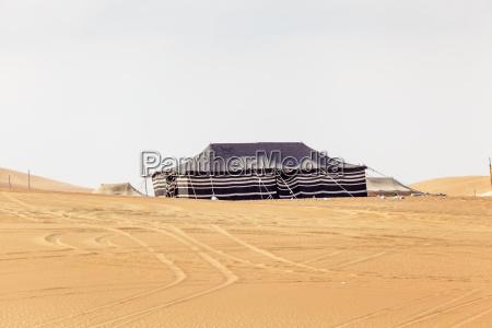 desert camp in liwa oasis