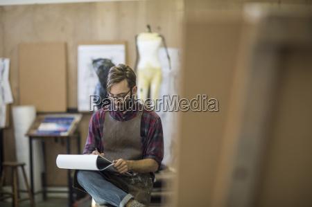 mennesker folk personer mand kunst arbejdsplads