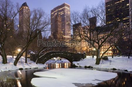 tur rejse by park vinter bro