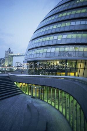 new city hall and tower bridge