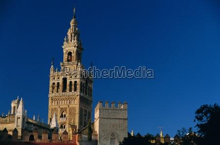 the giralda 1184 96 moorish minaret