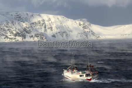 arctic ocean ship on barents sea