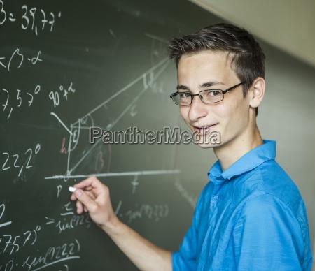 ostrig student beregning pa tavlen