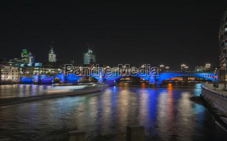 storbritannien england london southwark bridge og