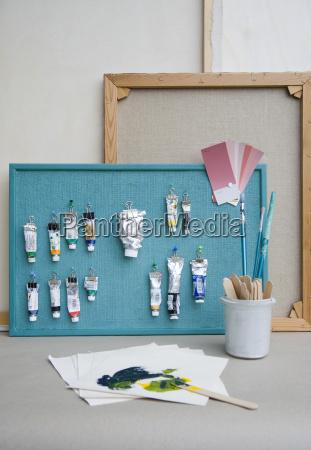pinpap borster maler slanger farvekort og