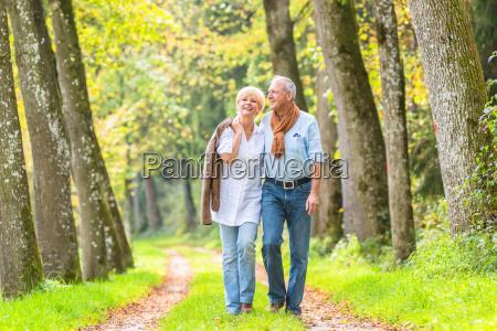 senior par der fritids tur i