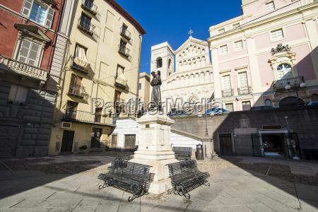 carlo alberto square in front of