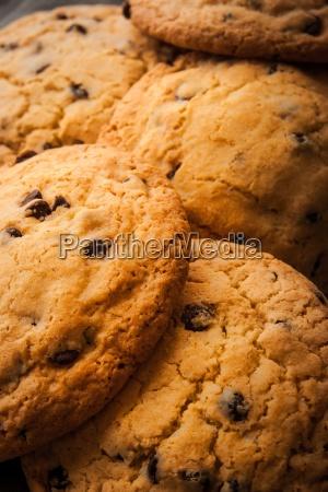chocolate chip cookies med maelk pa