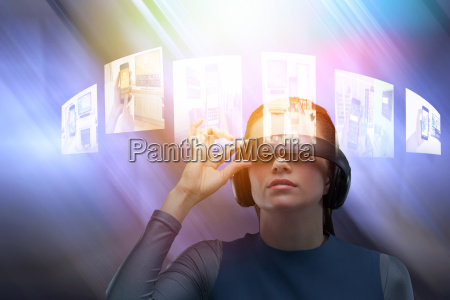 kvinde kontor praesentation tavle telefon mobil