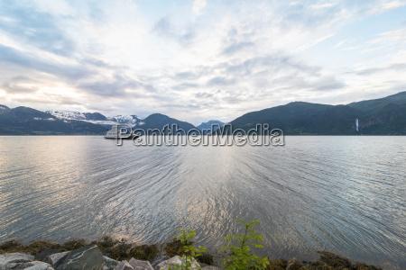 norway sogn og fjordane sognefjord ferry