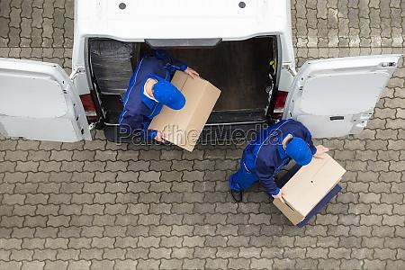 to levering maend aflaesning karton kasse