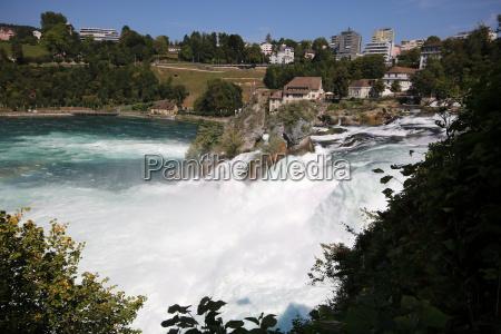naturkraefter rhinen schweiz svejts vandfald styrke