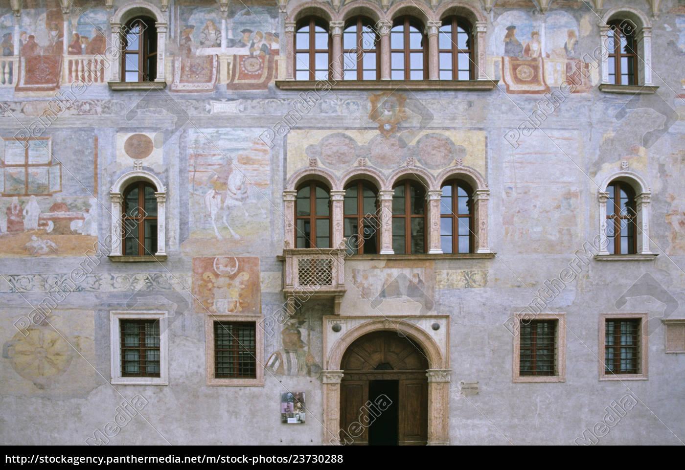 fresker, på, palazzo, geremia, i, trento - 23730288