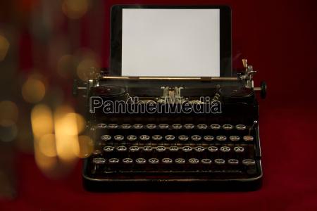 velho nostalgico maquina de escrever pano