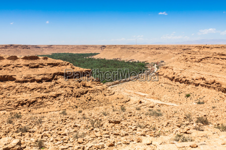 city town desert wasteland africa sightseers