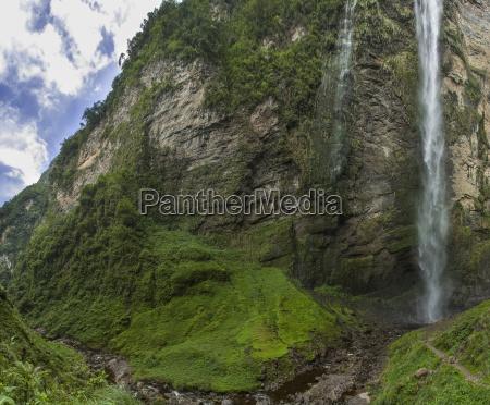 gocta gra staer vandfald771mmed sma udseende