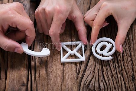 hænder, samling, kontakt, os, ikoner - 25155414