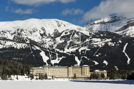the chateau lake louise in winter