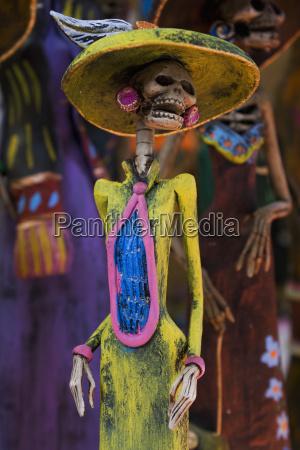 mexikoguanajuatosan miguel de allendeskelett figur zum