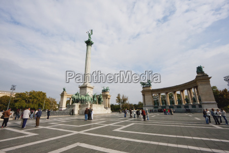 heroes square budapest hungary