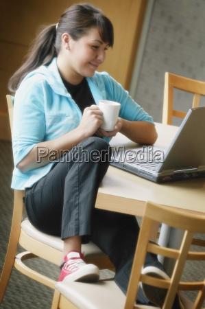 kvinde studere studie mennesker folk personer
