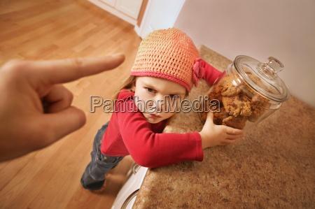 barn far problemer med at smide