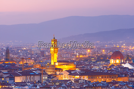 palazzo vecchio at sunset in florence